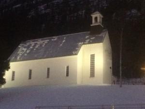 Fin liten kyrka i Funäsdalen by.