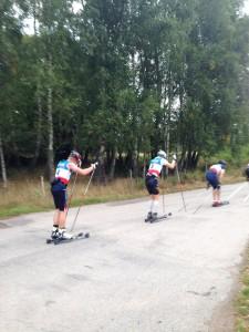 Ut på det andra varvet av Nybrorullen. Foto. Lotta Huselius