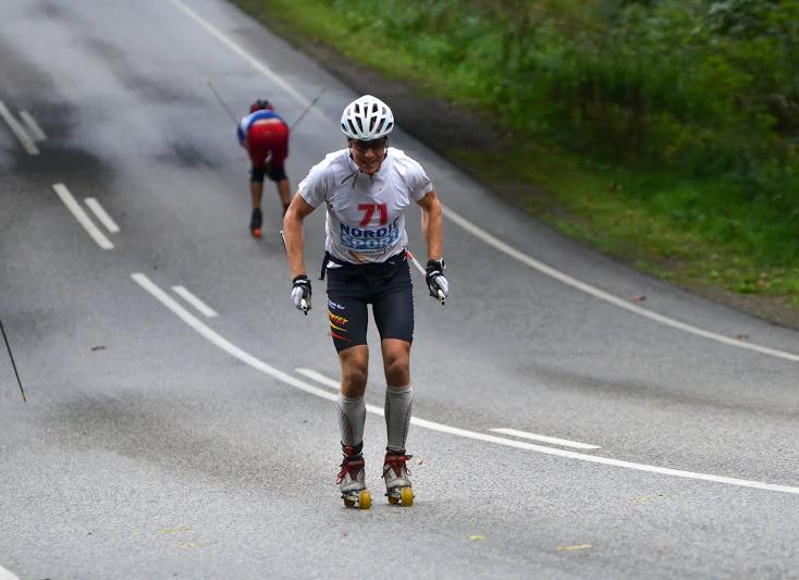 Bild under Danska mästerskapen som jag vann efter solokörning hela vägen, var även förre alla skateåkare ett tag också. Fick smeknamnet Lynsvensker som betyder något i stil med blixtsvensken. Foto: Holteski.dk