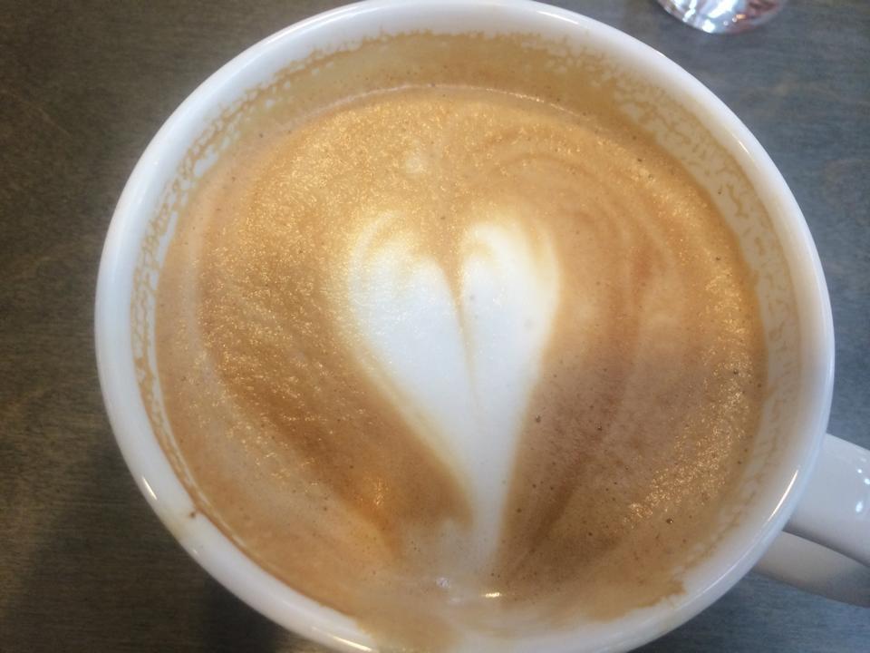 Blev en stor kaffe med vaniljsmak, när jag och Johan snackade och fikade. Den var god!